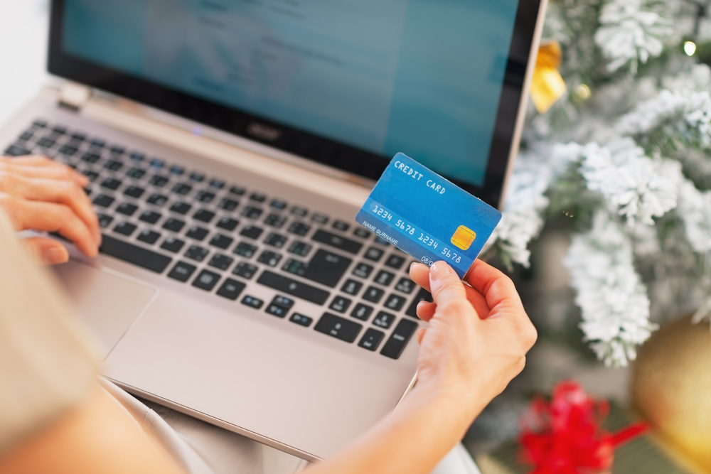 4 Reasons to Sell on Multiple Channels this Holiday Season
